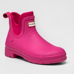 Hunter x Target Hot Pink ankle boots NWT